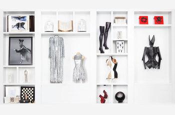 SHOWcabinet: Daphne Guinness