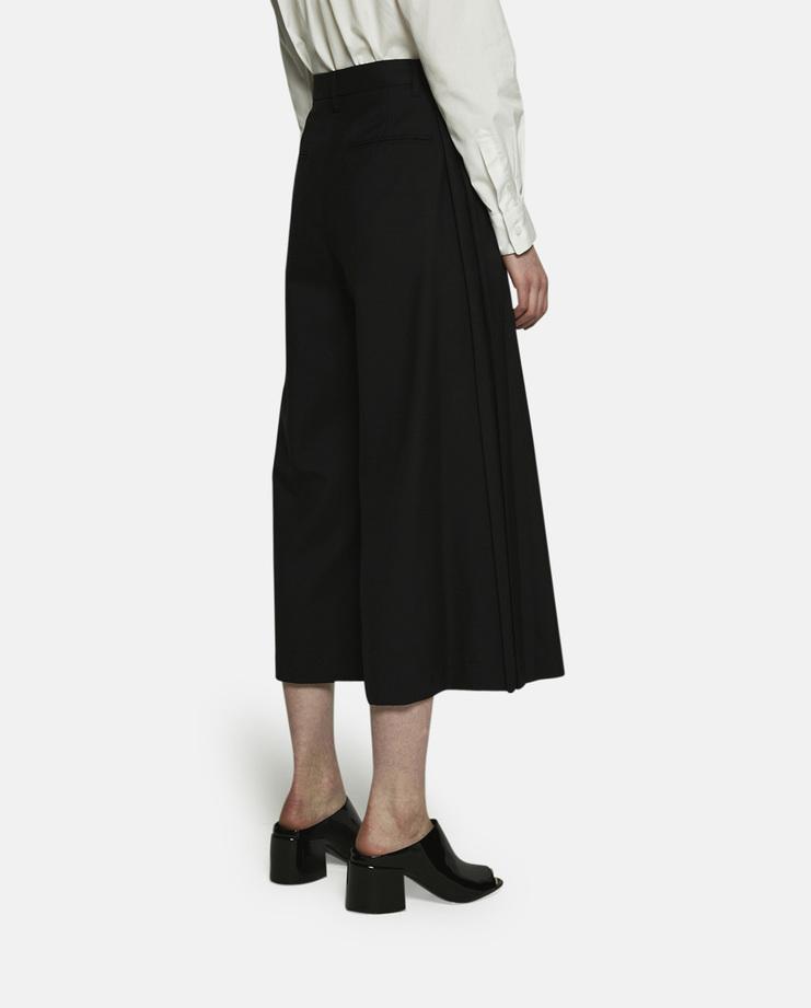 Noir Kei Ninomiya, Wide Leg Cropped Trousers, Black Trousers, Black Pants, Kei Ninomiya Trousers, Black Pants, Womens Trousers, Womens Pants, New Arrivals, New Kei Ninomiya Trousers, Black Wide Leg Trousers, S/S 17