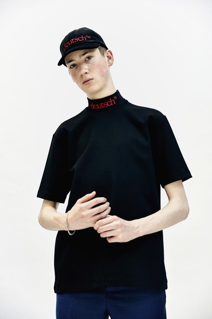 John Lawrence Sullivan AW 17 Autumn Winter 17 Japan 'deutsch' tee cotton top short sleeve black red german Arashi Yanagawa