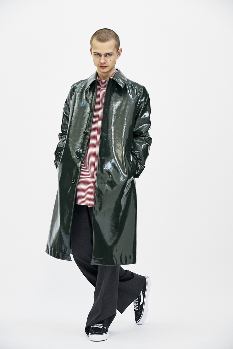 John Lawrence Sullivan Green Patent Leather Coat Autumn Winter 17 AW17 Raincoat Jacket Long Shiny
