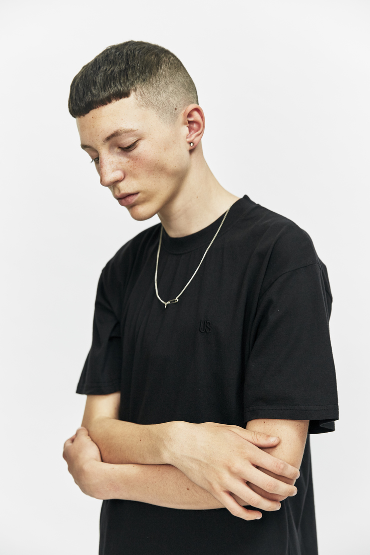 DUST Black Chain T-shirt a/w 17 aw17 t-shirt top shirt black short sleeve chain necklace