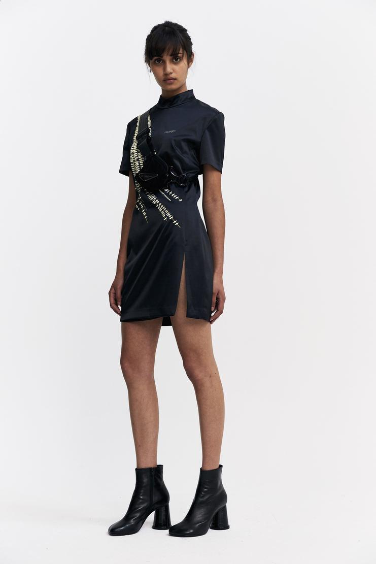 Hyein Seo Willow Print Mini Dress With Bag Autumn Winter 17 AW17 Hein Soe Long Graphic Print Cross AC2K Black South Korea