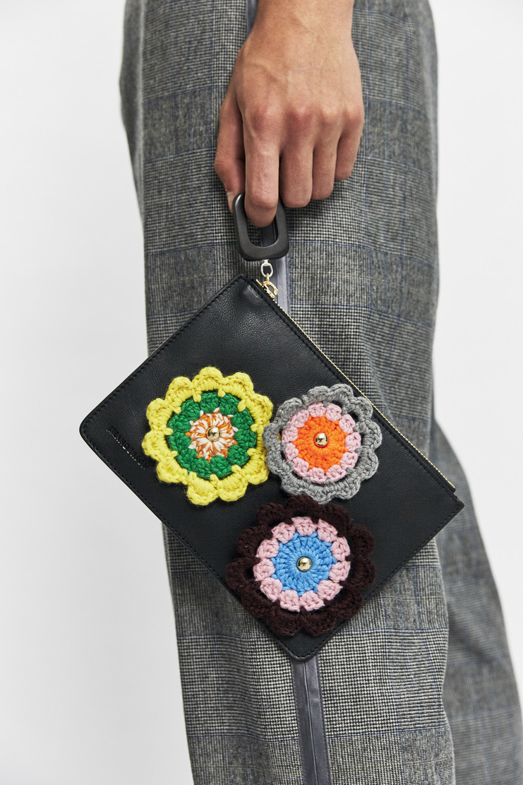 J.W. Anderson Black Daisy Pouch AW17 A/W17 JW Andersen Floral Crochet Knitted Bag