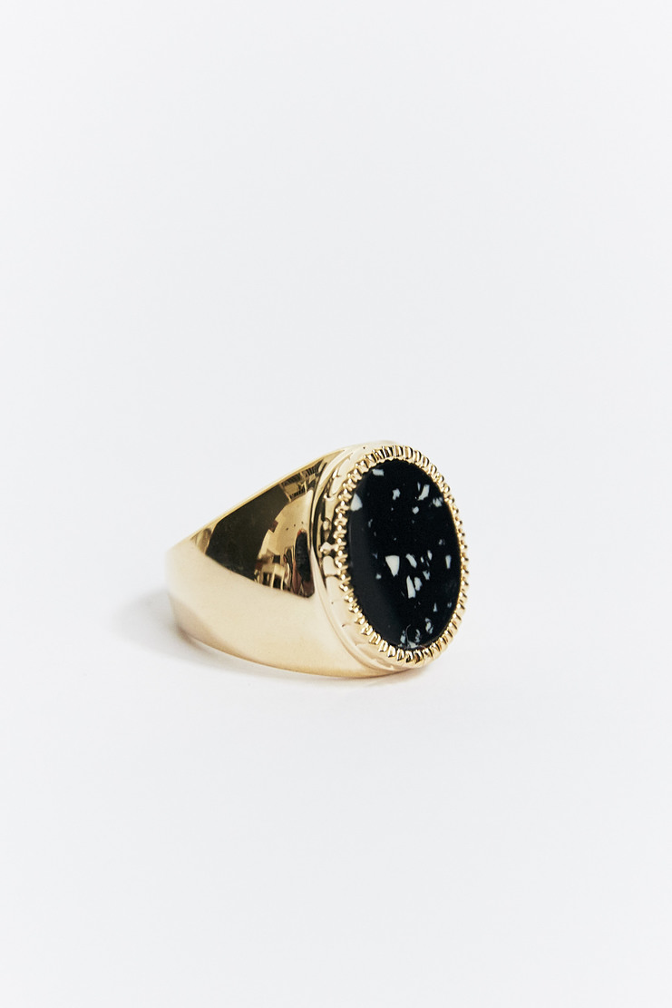 O Thongthai Black & White Signet Ring AW17 A/W17 Tongthai Thong Thai Tongtai Jewelery Black Gold