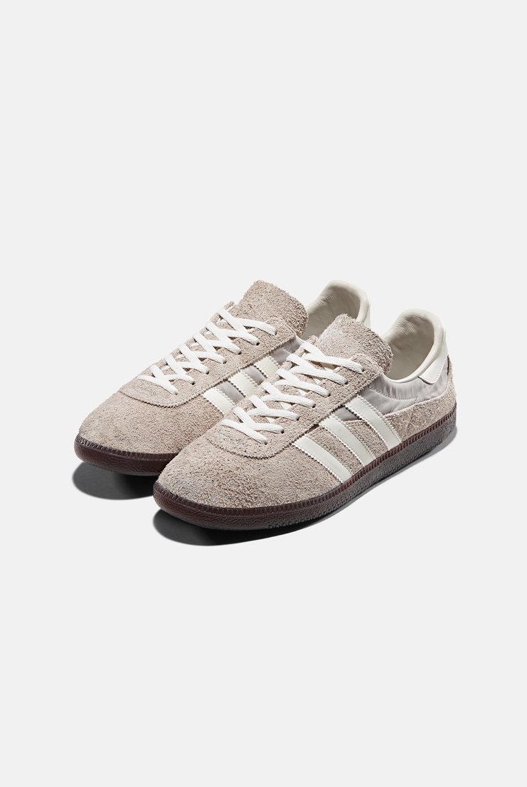 GT Wensley SPZL Adidas Originals Spezial Jogger Trainers AW17 Capsule Collection Speziale Classic Three Stripe Sportwear Sneakers Shoes Footwear Contemporary Fashion New Arrivals Designer