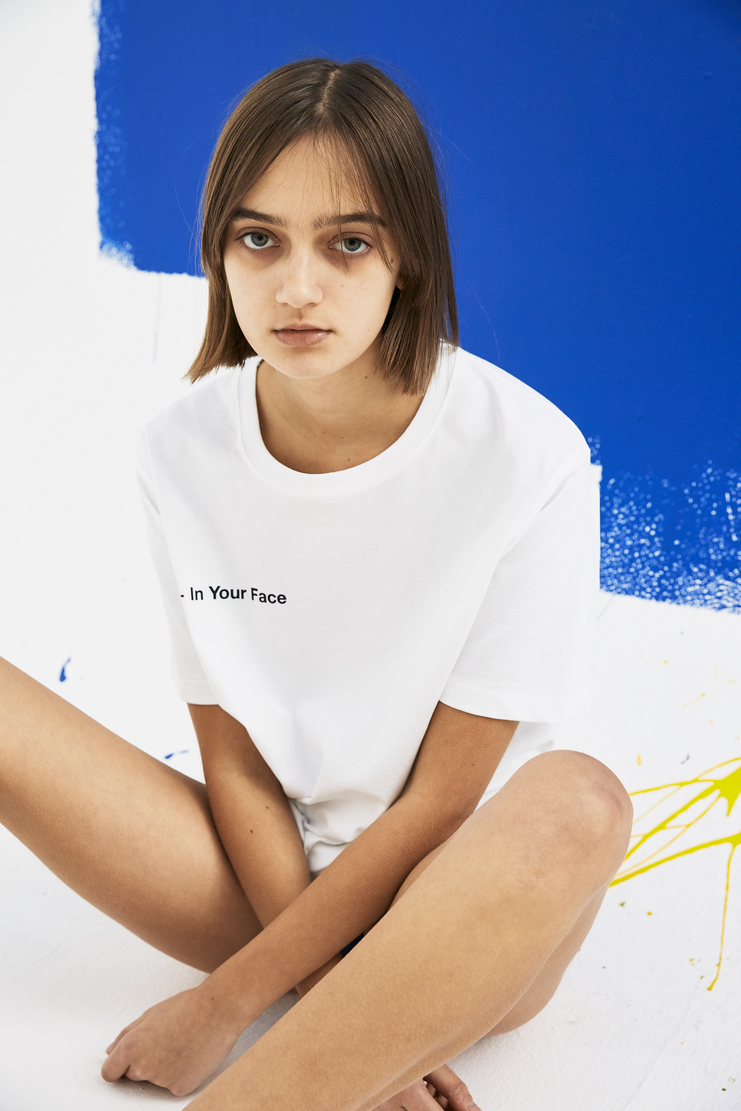 SHOWstudio White 'In Your Face' T-shirt Tops Tee Crew-neck short sleeve