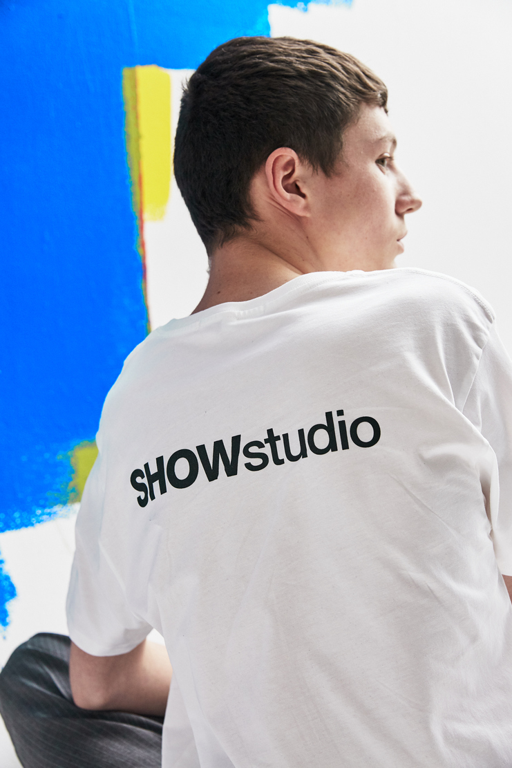SHOWstudio White 'In Your Face' T-shirt Tops Tee Crew-neck short sleeve show studio top panel