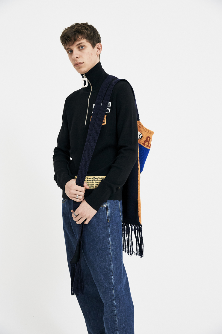 JW Anderson Knitted Baseball Card Bag J.W. Andersan Andersson Andersen Anderssen Jonathan Jonathon Loewe SS18 S/S 18 Spring Summer A/W 17 F/W 17 FW17 AW17 Autumn Winter Accessory Accessories AC07MS18 Machine-A