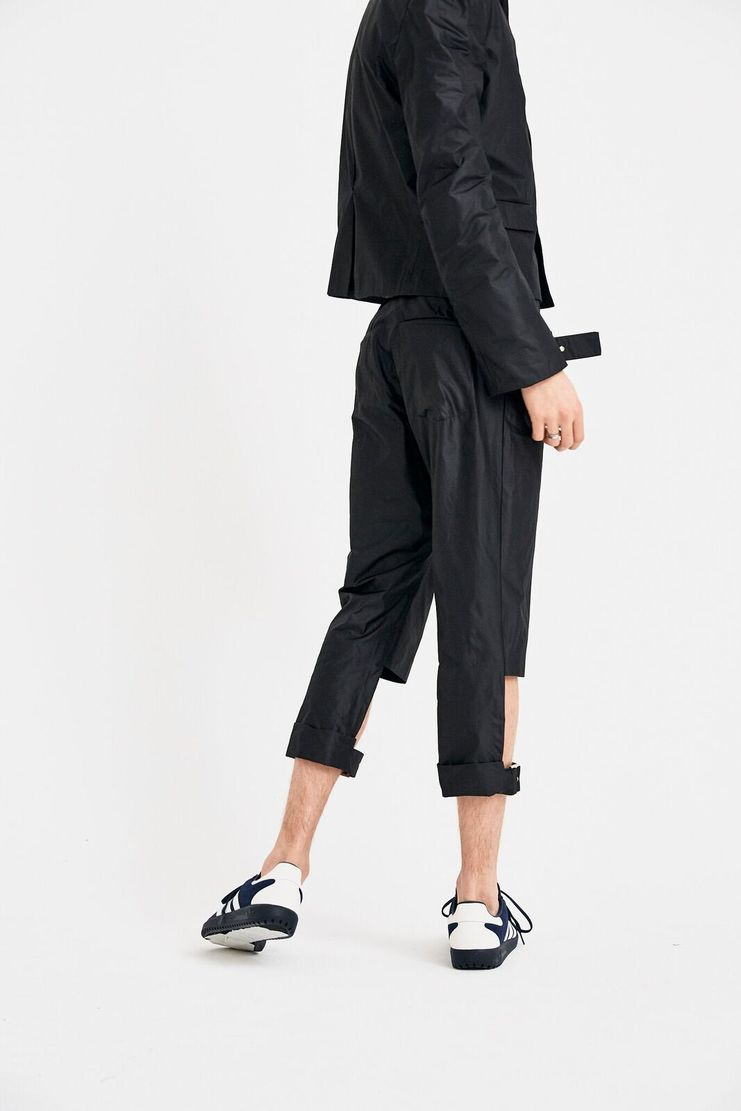 DELADA Black Short Trousers cut out straps tailored S/S 18  ss18 dilada Spring Summer 2018 Machine-A DMS3TR01 buckle