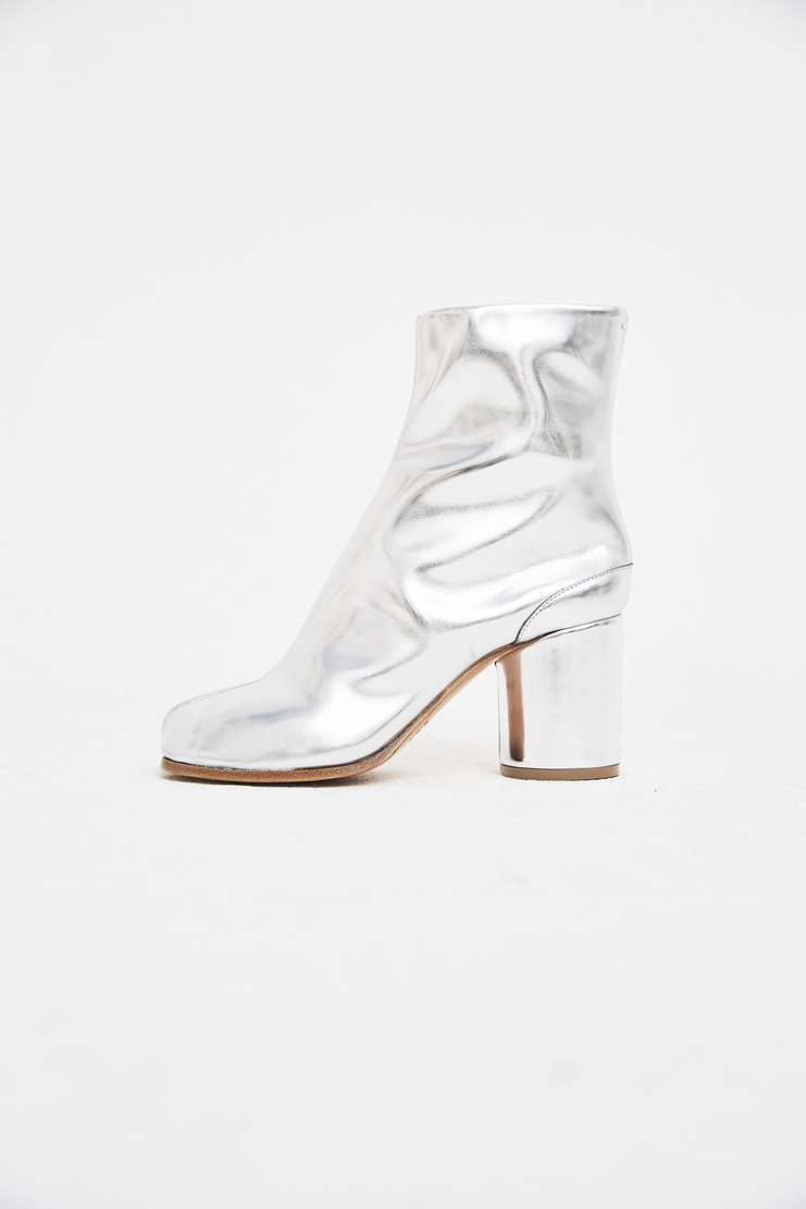 Maison Margiela - Tabi Ankle Boots iconic signature ss18 black shoes camel toe s/s18 galliano leather silver spring summer 2018