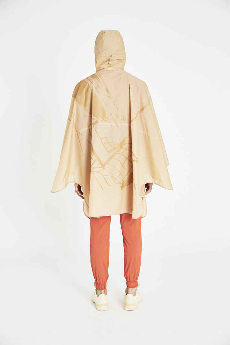 Reebok x Cottweiler Beige Woven Poncho jacket new arrivals spring summer S/S 18 collection CZ1655 collaboration sportswear jackets mens
