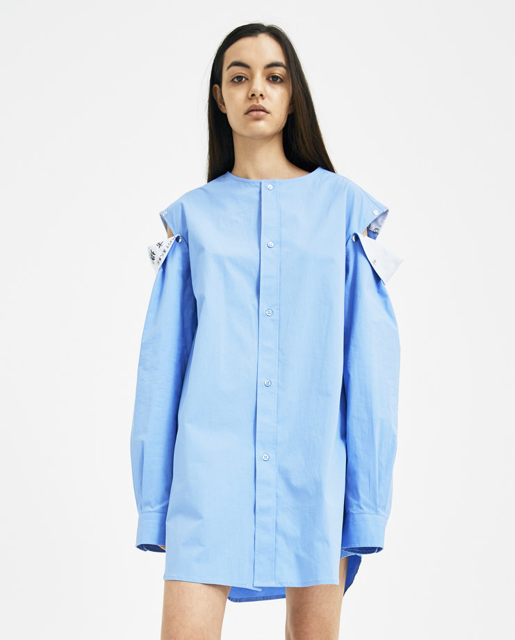 Raf Simons blue shirt with press button sleeve Machine A Show studio new arrivals S/S spring summer 18 181-225-10000-00034 detachable collarless