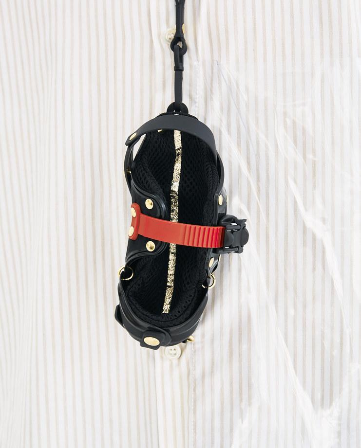 Innerraum Black and Gold Neck Frame Case Machine-A Machine A SHOWstudio A/W 18 aw18 armored kuboraum mesh bag gold studs