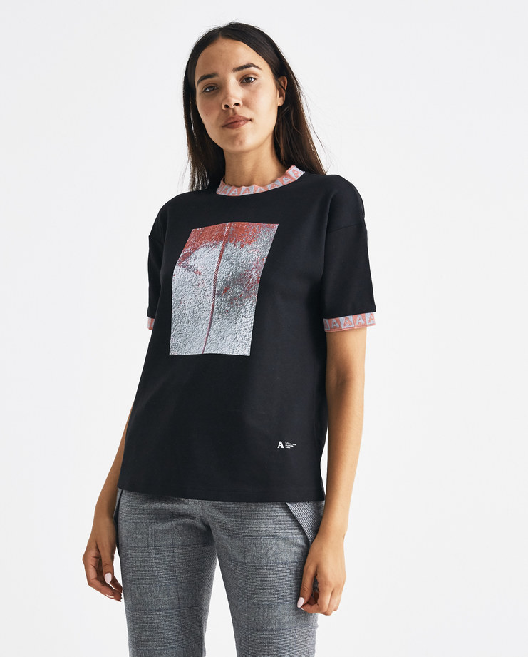 ALYX Black Visser Sport T-shirt AVWTS0003A001Machine-A Machine A SHOWstudio A/W 18 aw18 graphic print pink elastic hem with logo stitch