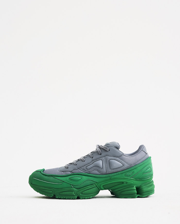 reputable site c3251 43fb1 ... Adidas X Raf Simons Raf Simons Ozweego F34266 MachineA SHOWStudio shoes  sneakers streetwear AW18 aw18 collection ...